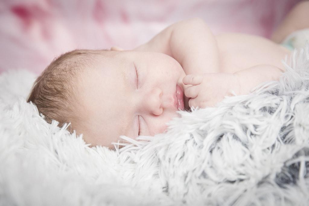 fotografia niemowlęca Rzeszów Emilka